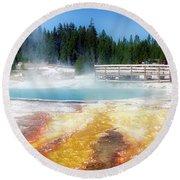 Live Dream Own Yellowstone Park Black Pool Text Round Beach Towel