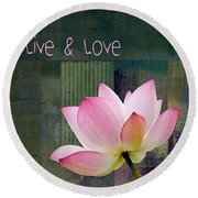 Live N Love - - 0333-15a Round Beach Towel