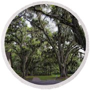 Live Oak And Spanis Moss Landscape Round Beach Towel