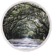 Live Oak Lane In Savannah Round Beach Towel