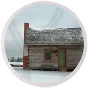 Log Cabin In The Snow Round Beach Towel