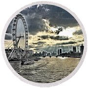 London A View From A Bridge  Round Beach Towel