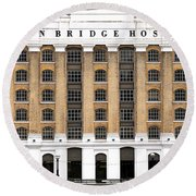 London Bridge Hospital Round Beach Towel