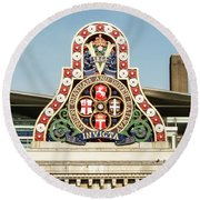 London Chatham And Dover Railway Crest With Invicta Motto Blackfriars Railway Station Round Beach Towel