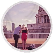 London Love, Love London Round Beach Towel