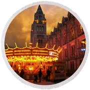 London Museum At Night Round Beach Towel