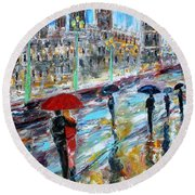 London Rainy Evening Round Beach Towel