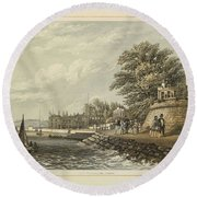 London West Cowes, Isle Of Wight Round Beach Towel