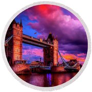 London's Tower Bridge Round Beach Towel