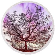 Lone Tree On The Hill Round Beach Towel
