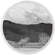 Longs Peak Snow Storm Bw Round Beach Towel