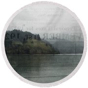 Lookout Point Lake Round Beach Towel