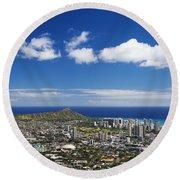 Lookout View Of Honolulu Round Beach Towel