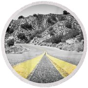 Los Padres Country Highway Round Beach Towel