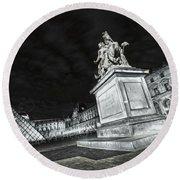 Louvre Museum 7 Art Bw Round Beach Towel