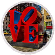 Love In Nyc Round Beach Towel