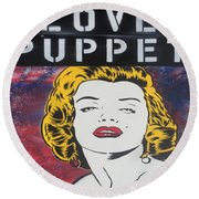 Love Puppet Round Beach Towel