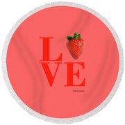 Love Strawberry Round Beach Towel