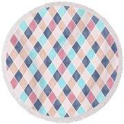 Lovely Geometric Pattern Vi Round Beach Towel