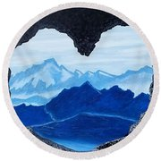 Lovers Cave Round Beach Towel