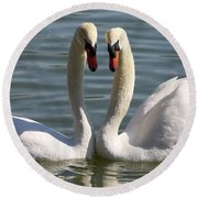 Loving Swans Round Beach Towel