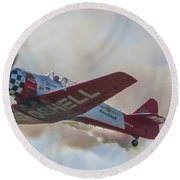 Low Pass Stunt Plane Round Beach Towel