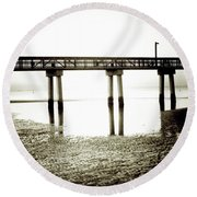 Low Tide Extreme Round Beach Towel