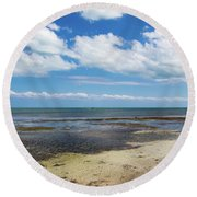 Low Tide In Paradise - Key West Round Beach Towel