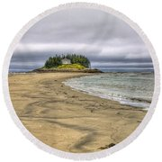 Low Tide In Popham Beach Maine Round Beach Towel