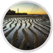 Low Tide On La Caleta Cadiz Spain Round Beach Towel