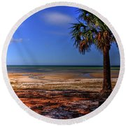 Low Tide Time Round Beach Towel