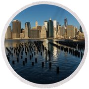 Luminous Blue Silver And Gold - Manhattan Skyline And East River Round Beach Towel