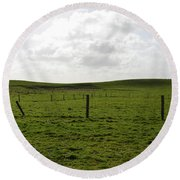 Lush Green Grass On The Cliffs Of Moher Round Beach Towel