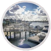 Luxury Boats Moored At Naples Island, Long Beach, Ca Round Beach Towel