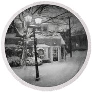 Mablehead Market Square Snowstorm Old Town Evening Black And White Painterly Round Beach Towel