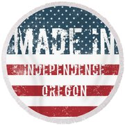 Made In Independence, Oregon Round Beach Towel
