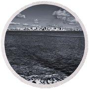 Madison Skyline - Black And White Round Beach Towel