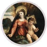 Madonna And Child 1525 Round Beach Towel