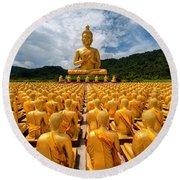 Magha Puja Memorial Buddhist Park Round Beach Towel