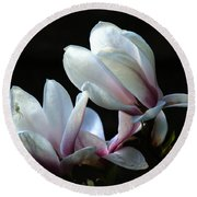 Magnolia And House Guest Round Beach Towel