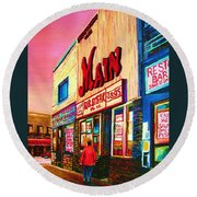 Main Steakhouse Blvd.st.laurent Round Beach Towel