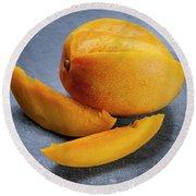 Mango And Slices Round Beach Towel