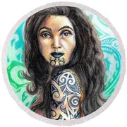 Maori Woman Round Beach Towel