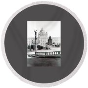 Maria Theresien Platz Round Beach Towel