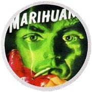 Marihuana Round Beach Towel