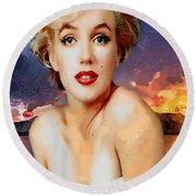 Marilyn Hotty Totty Round Beach Towel