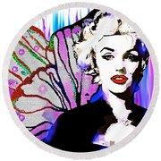 Marilyn In Love Round Beach Towel