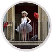 Marilyn Monroe Lookalike Round Beach Towel