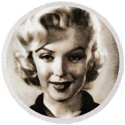 Marilyn Monroe, Vintage Actress Round Beach Towel