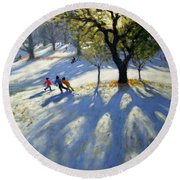 Markeaton Park Early Snow Round Beach Towel
